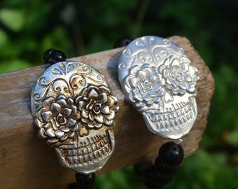 Bracelet // Stretchy Skull Bracelet // Pewter Skull Bracelet // Day of the Dead Beaded Bracelet