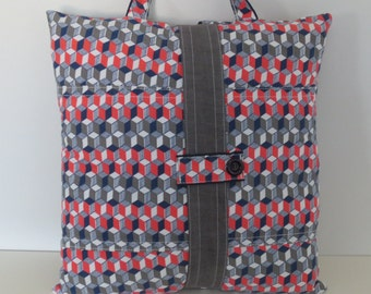 Cushion made with recycled fabric– (Cubik)