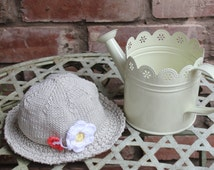Hand Knitted Cool Cotton Baby Girls Sun Hat In Stone With Flower & Butterfly - 3-6 Months - UK Seller