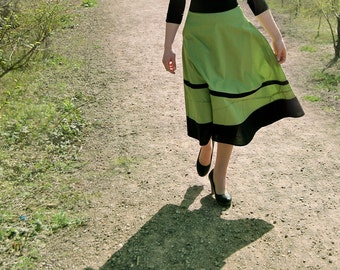 Green 50's Skirt/Emroidered Mosaic /High Waist Circle Skirt/Vintage Style Skirt/Swing Skirt/Butterfly Wing