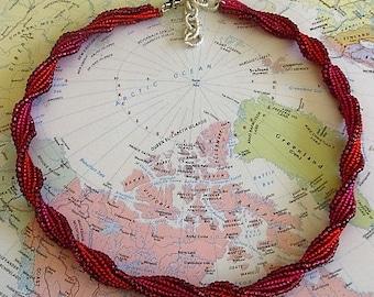 Twist Beaded Necklace (Victoria)