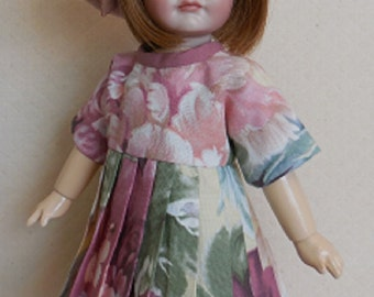 For Bleuette, Dress and Beret Inspired by GL Flora 1925