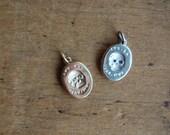 ES FUI 10K + gemstone eye skull pendant ∙ Victorian Memento Mori pendant with gemstones