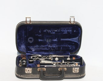 Vintage Clarinet German West Germany #75854 In Ess & Ess Hard Case Musical Instrument Music Room Band Orchestra Woodwind Repurpose Woodwind