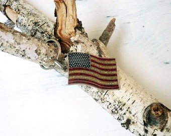 American Flag Keychain, Vintage American Flag Key Ring, In Very Good Condition, Ready to Ship.