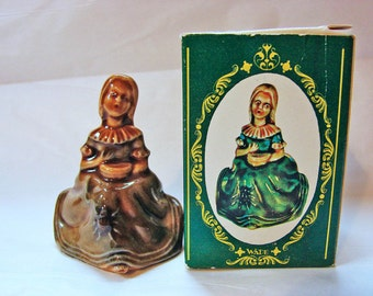 Large Wade Figurine MISS MUFFET Wade Whimsies Made in England from Little Miss Muffet Wade Nursery Rhyme Figurine with Box