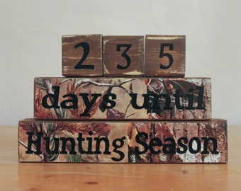 Deer Hunter Gift- Hunting Countdown Blocks- Countdown to Hunting- Personalized Hunting Gift- Father's Day Hunter- Personalized Hunter Gift