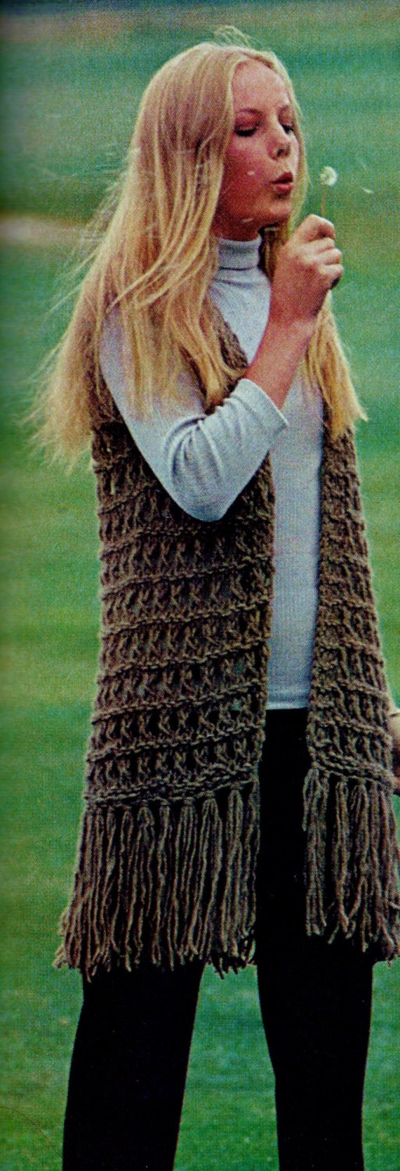 Knitting Patterns For Jumbo Needles : Jumbo Knit Fringe Vest Vintage Knitting Pattern Download