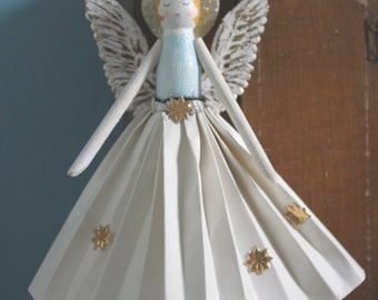 Christmas Decoration - Angel made from a Wooden Peg