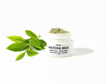 Natural Green Tea Cleanser. Organic skincare. Foaming cleansing grains.