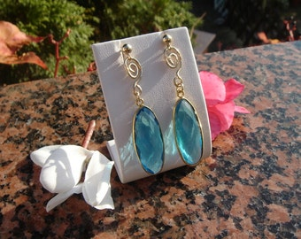 Earrings with Topaz in 585-er silver, beautiful design!