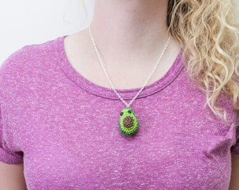 Vegan jewellery, avocado necklace, small food jewellery, Crochet Avocado necklace, Buddy Necklace, vegan, fruit necklace, crochet necklace,