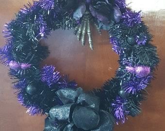 12 inch Black and Purple Halloween wreath