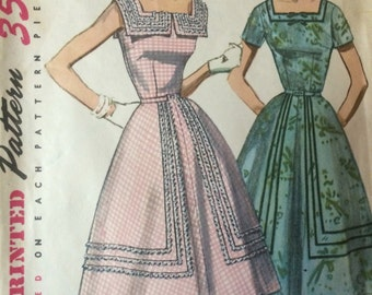 SALE Vintage 1950's Flared Dress Pattern Simplicity 1622