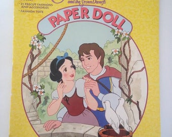 Disney Snow White and the Seven Dwarfs paper Doll Book