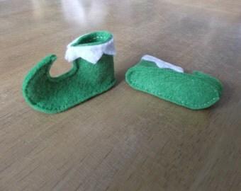 Felt elf boots in green