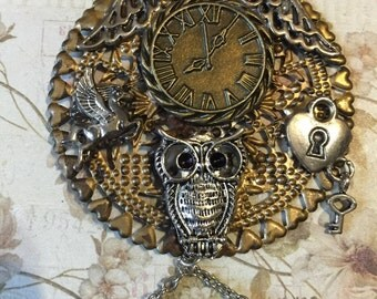 Steampunk Time Flies Pendant Necklace ...Free Shipping