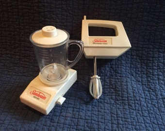 Vintage Toy Sunbeam Mixer and Blender/Vintage Play Kitchen