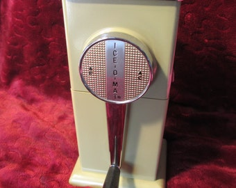 Vintage Old School Ice O Matic Ice Maker