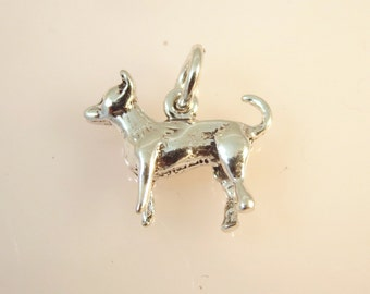 Sterling Silver 3-D CHIHUAHUA Charm Pendant Light Small Puppy Pet Breed Dog .925 Sterling Silver New dg29