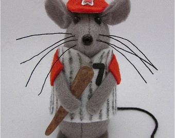 Baseball Mouse - Felt Mice Mouse - Mouse Ornament- Mouse Gift - Baseball Gift