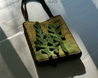 Felted bag-Felted handbag-Art handbag-Natural Leather handles-Felt bag-green