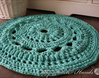 Doily rug round crochet - 35 inch / 90 cm Mint Green - READY TO SHIP!