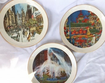Three Vintage Chicago Plates, 1977 Chinatown, 1977 Buckingham Fountain and 1976 Michigan Avenue/Art Institute, 8 inches across & in Exc cond