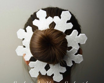 Snowflake Bun Pal Hair Accessory