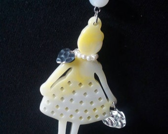 Lady charm necklace