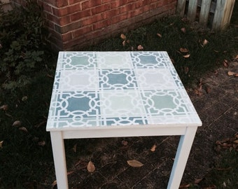SOLD******Oak accent table chalk painted