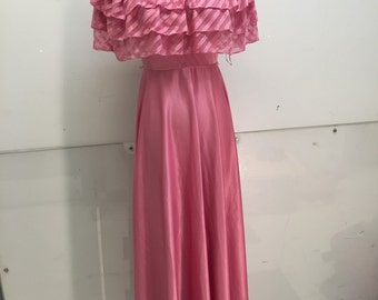 Vintage rose colored dress with lace