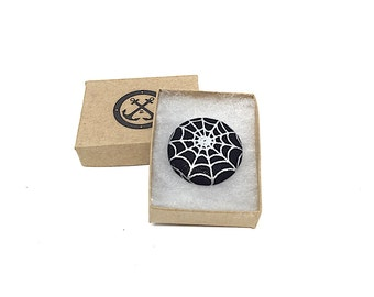 Spider Web Lapel Pin, Halloween Magnetic Lapel Pin, Halloween Pin, Black and Silver Metallic Spider Web Brooch, Halloween Wedding, Spiders