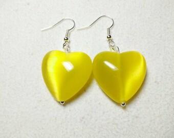 Cat's eye yellow heart earrings