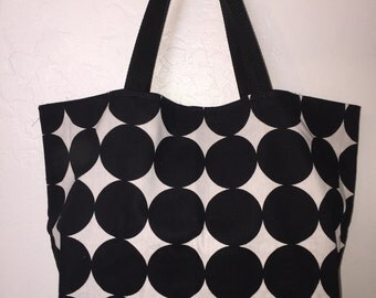100% reversible, washable cotton and reusable shopping bag
