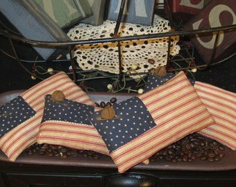 Flag Bowl Filler - Flag Tuck - Prim Flag Pillow - Americana Pillow - Patriotic