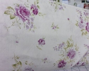 Lecien 31138 10 cream background with bouquets of lavender roses