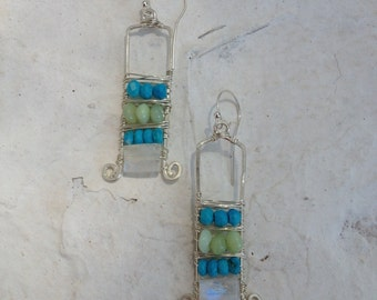 Sterling silver earrings. Turquoise and green opal rondels. Facetes moonsone. 4,5 cm
