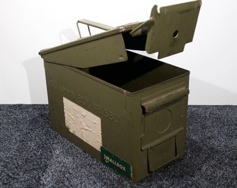 Cool vintage ammunition box