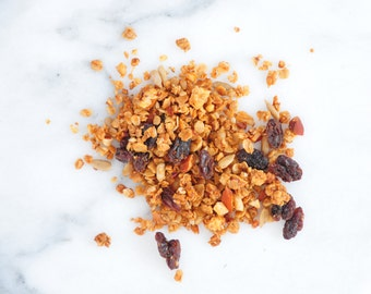 Organic Crunchy Vanilla Raisin Nuts Granola 10oz - Special Price Limited Time!