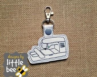 Brother PE770 PE780 single needle embroidery machine snap tab keychain digital file design monogram monogrammedcircle