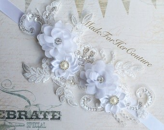Rustic Sash, lace wedding Sash, laced bridal sash, Bridal sash, lace wedding belt, lace bridal belt, off white lace sash/belt, Vintage Sash