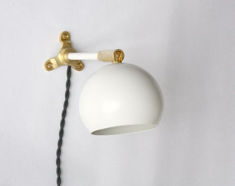 Modern wall light - Marylou - Powder Coated White and Solid Brass Mid-century Modern LED wall lamp