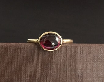14k solid yellow gold, cabochon cut, natural garnet, oval shaped, ring, dark red, January birthstone