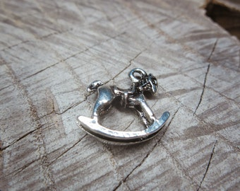 Rocking Horse Charm Pendant Charms ~1 pieces #100267