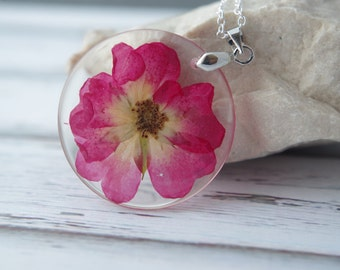 Real Flower Necklace Pressed Flowers  pendants  Real dried flower Pendants Eco Resin Pendant Eco Necklace Botanical Jewelry Natural necklace