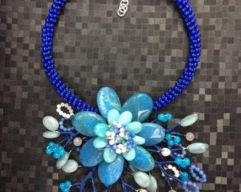 Blue flower crown necklace