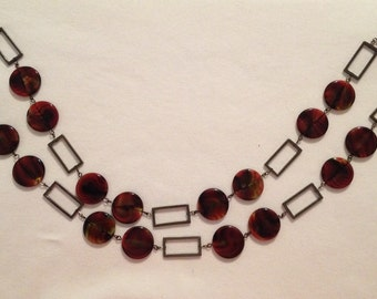 Round red flat beads necklace