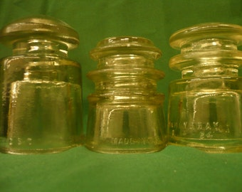 Set of 3 Clear Glass Insulators
