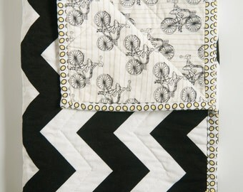 Custom Baby Quilt, Baby Blanket, Toddler Quilt, Nursery Decor, Crib Quilt - Customized quilt just for you!